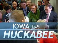 Huckabee goes for Rivals source http://www.mikehuckabee.com/?FuseAction=Newsroom.Home